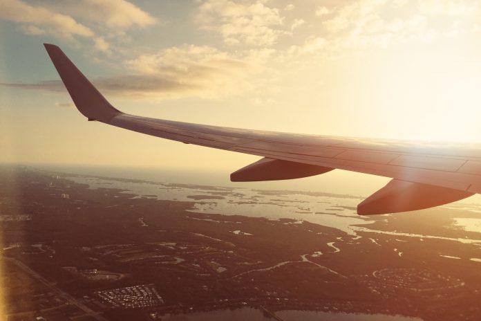 5 tips för att inte bli uttråkad på flygresan!